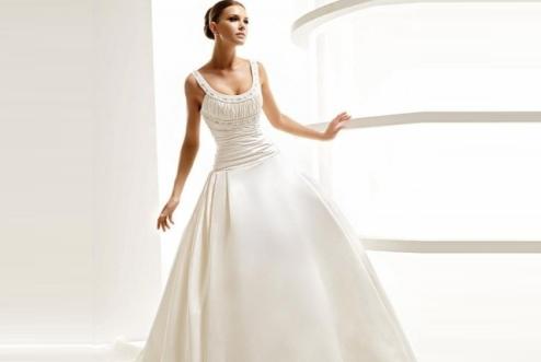 beautiful-beaded-satin-scoop-neck-wedding-dress